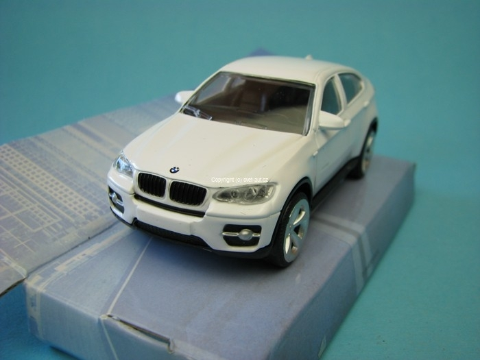 BMW X6 white 1:43 Mondo Motors